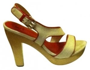 Bakers Cream/Red Sandals