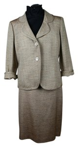 Ellen Tracy Gold Shimmer Boucle 3/4 Sleeve Skirt Suit