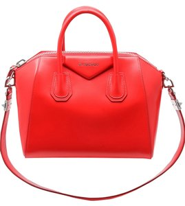 Givenchy Antigona Leather Boxy Satchel in Red