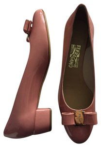 Salvatore Ferragamo Blush pink Pumps