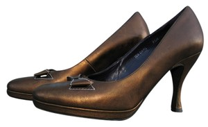 Donald J. Pliner Couture Italy Leather Bronze Pumps