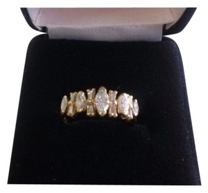 18 k Yellow gold 1.35 VS Diamond Dome ring Size 6 New with out Tag