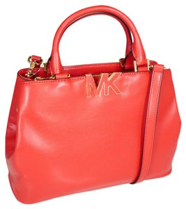 Michael Kors Florence Satchel in Red