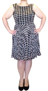 Adrianna Papell Wear To Work Size 14 Pattern Dress