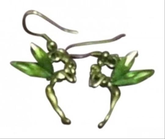 Disney Classic Green Tink earrings