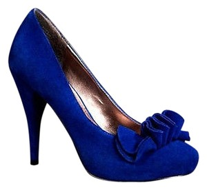 Express Suede Ruffled Blue Pumps