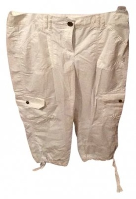 Preload https://item4.tradesy.com/images/tommy-hilfiger-white-capris-size-10-m-31-11828-0-0.jpg?width=400&height=650