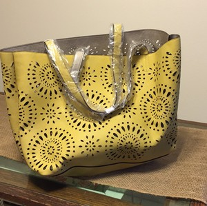 Echo Design Tote in Yellow/Gold