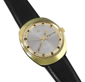 Omega 1960's Omega Vintage Mens Seamaster Cosmic Retro Watch, Day Date - 18K Gold Plated