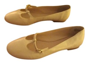 Nine West Leather Mary Jane Imported T Strap Ivory Flats