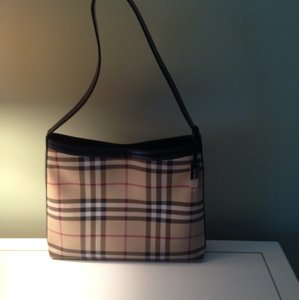 Burberry Hobo Leather Shoulder Bag