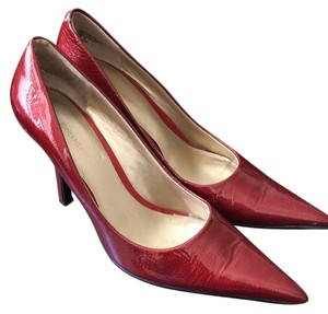Jones New York Red Pumps