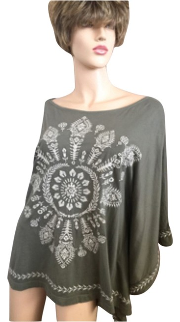 Item - Embroidered Olive Top
