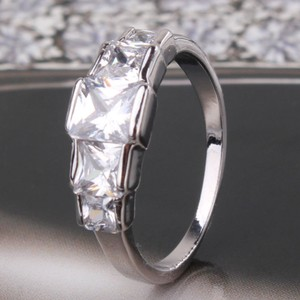 Wgf 5 Stone White Topaz Engagement Ring Free Shipping