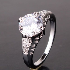 Charming White Topaz Engagement Ring Free Shipping