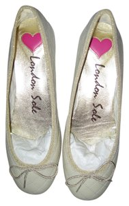 London Sole Ballet Quilted Ivory Patent with Gold Trimming and White Stitching Flats