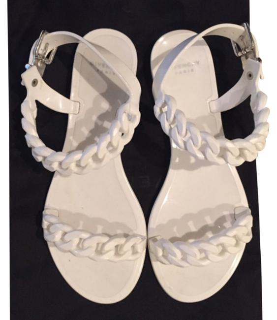 Item - White Jelly Chain Sandals Size US 6 Narrow (Aa, N)