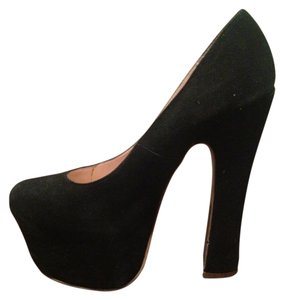 Dolce Vita Black Pumps