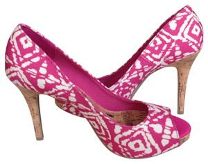 Christian Siriano Pink/White Pumps