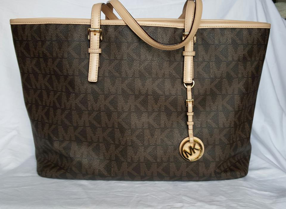 d54ee88c80dbc Michael Kors Jet Set Travel Medium Top Zip Compartment with Multifunction -  Brown Pvc Lining and Polyester Tote