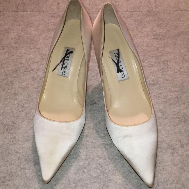 Item - Ivory Pumps Size US 9 Regular (M, B)