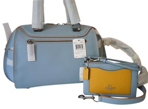 Coach Glove Tanned Crossbody Satchel in blue