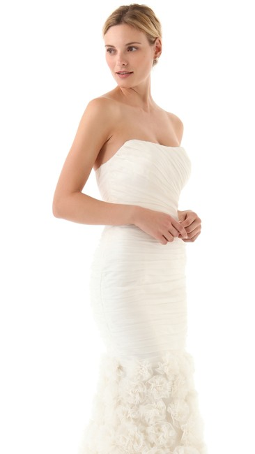 Item - Ivory Silk Strapless Rosette Gown Feminine Wedding Dress Size 6 (S)