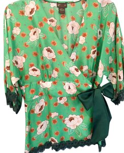 FEI Silk Synchronicity Floral Top Green