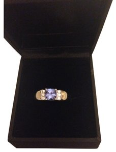 14kt w/g Diamond & genuine Tanzanite ring 14kt Wgold Tanzanite & diamond Ring w/gift box shown