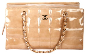 Chanel #chanel #chanelshoulderbag #patentleather #quiltedchanel #caviarleather #calfskin #lambskin #shoulderbag #classicchanel Shoulder Bag
