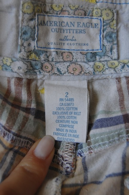 American Eagle Outfitters Capris plaid