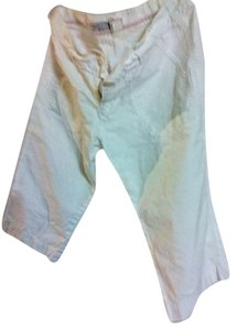 Old Navy Capris white