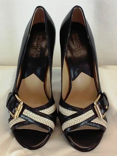 MICHAEL Michael Kors Leather Peep Toe Gold-tone Buckles Stacked Leather Black and White Pumps Image 1