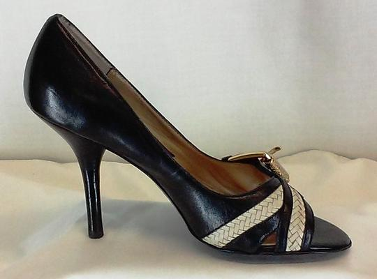 MICHAEL Michael Kors Leather Peep Toe Gold-tone Buckles Stacked Leather Black and White Pumps Image 3