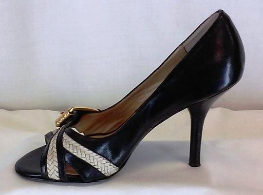 MICHAEL Michael Kors Leather Peep Toe Gold-tone Buckles Stacked Leather Black and White Pumps Image 5