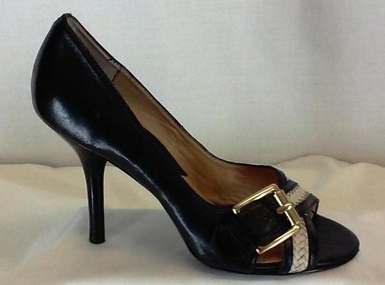 MICHAEL Michael Kors Leather Peep Toe Gold-tone Buckles Stacked Leather Black and White Pumps Image 6