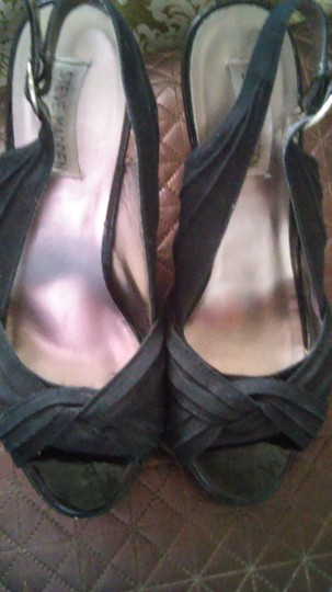 Steve Madden Black/Brown Wedges Image 1