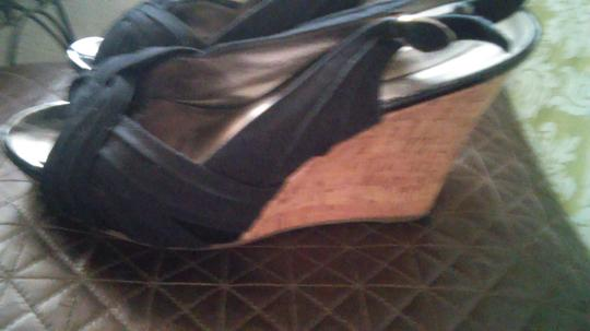 Steve Madden Black/Brown Wedges Image 2