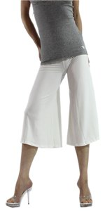 Exotic Wear Capris Ivory