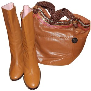 N.Y.L.A. Boots