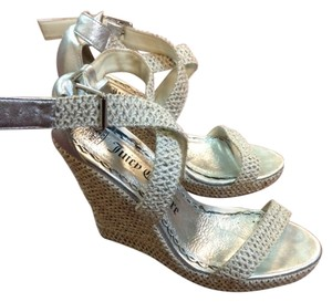 Juicy Couture Tan with Silver Sandals