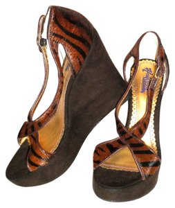 Hale Bob Animal Print Wedges