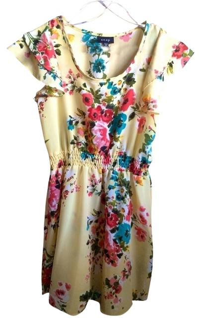 Preload https://img-static.tradesy.com/item/1186987/snap-yellow-floral-small-coverup-multicolor-above-knee-short-casual-dress-size-4-s-0-0-650-650.jpg