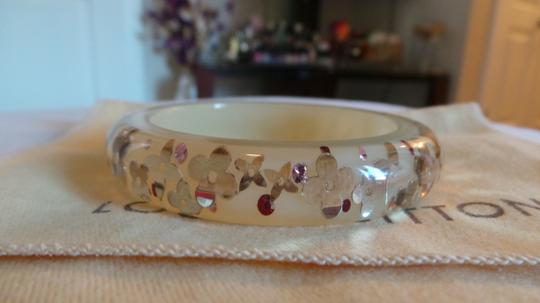 Louis Vuitton LOUIS VUITTON INCLUSION BRACELET LIGHT YELLOW AND GOLD RESIN BANGLE