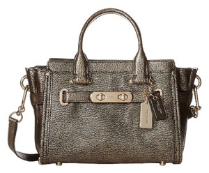 Coach Pebbled Leather Swagger Shoulder Bag