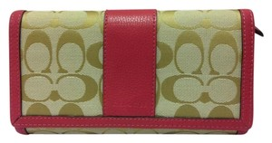 Coach New Park Signature Checkbook Wallet Light Khaki/Strawberry F51767