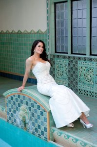 David's Bridal Soft White with Satin Luxe Collection Vintage Wedding Dress Size 6 (S)