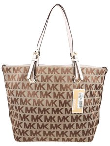 Michael Kors Jet Set Signature Goldtone Hardware Tote in Brown