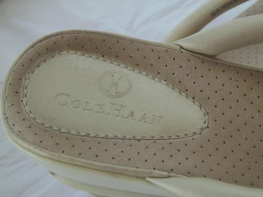 Cole Haan 7.5b Leather Nikeair W/non Slip Soles $148 Ivory Sandals