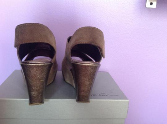 Kenneth Cole Gray Wedges